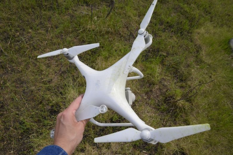 How high can a drone fly? Holding a DJI Phantom 4